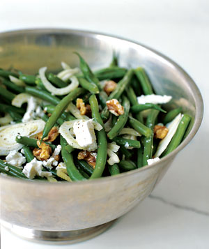 Green Bean Salad With Walnuts, Fennel, and Goat Cheese
