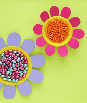 Candy bowls with paper petals
