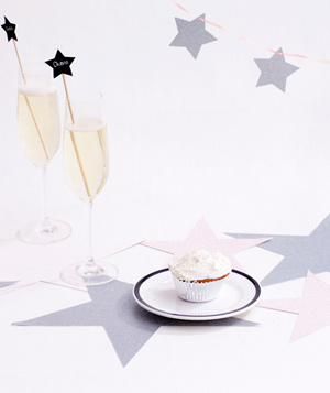 Paper stars and champagne