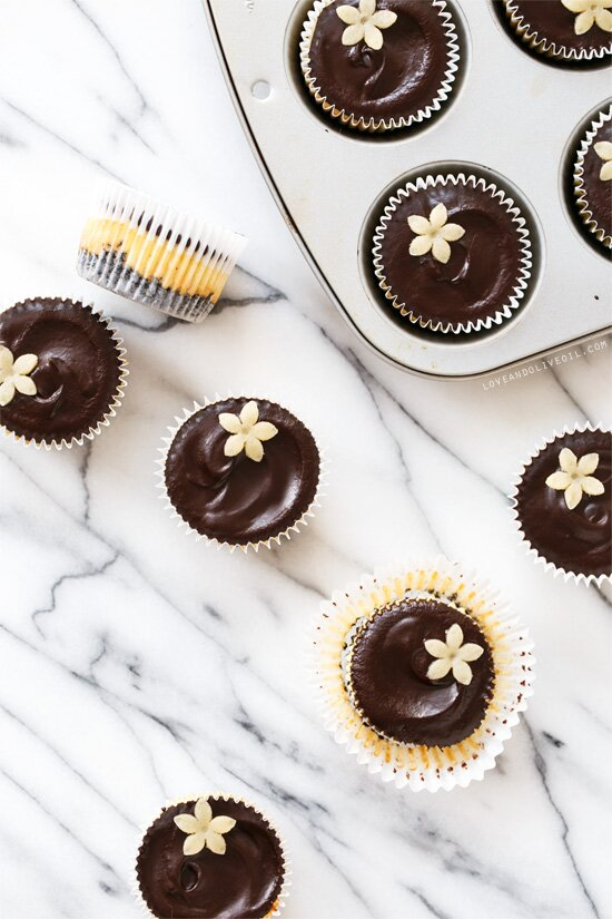7063802f0de 11 Mini Easter Desserts You'll Definitely Have Room For