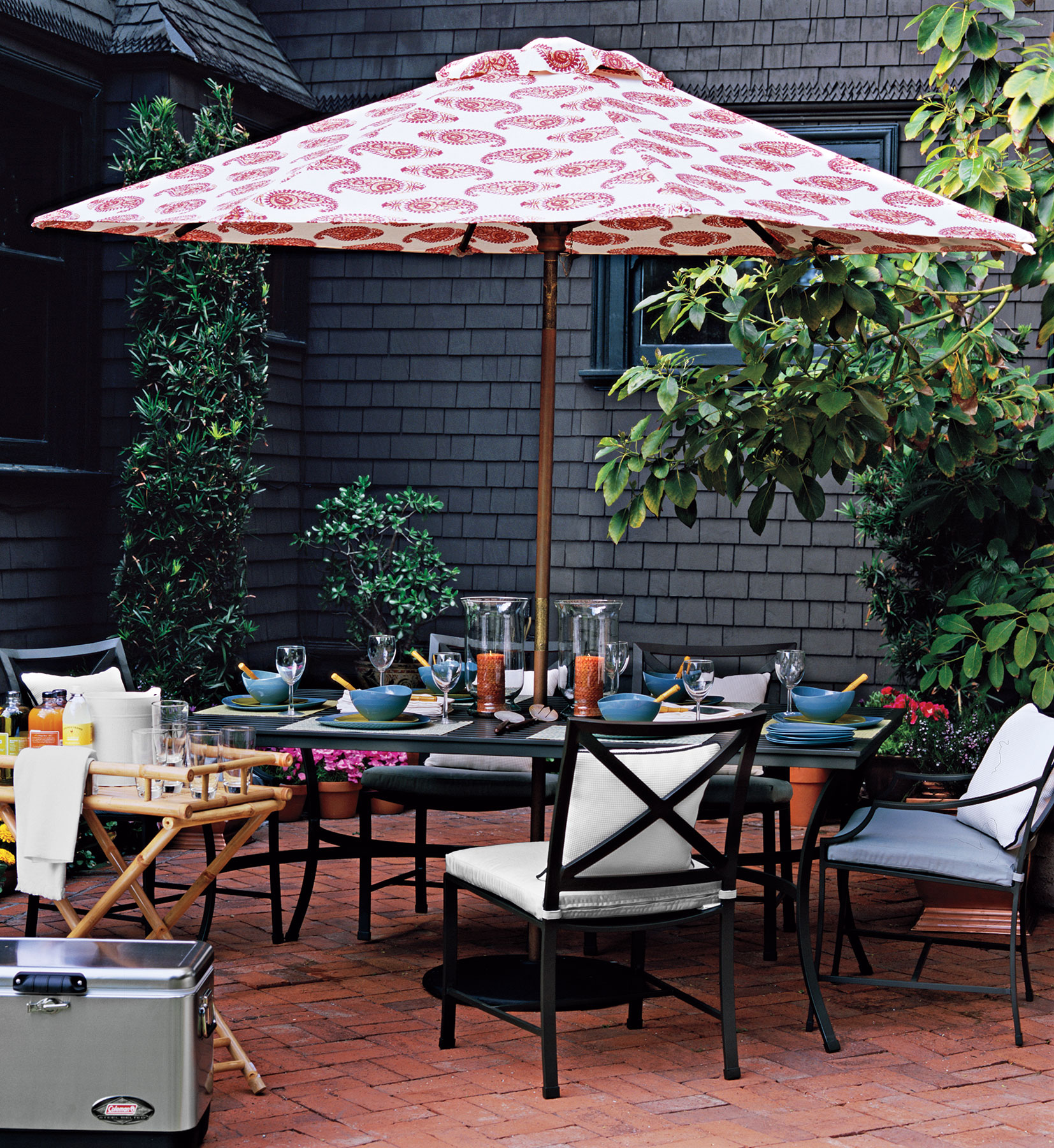 Low Maintenance High Style Outdoor Furniture Real Simple