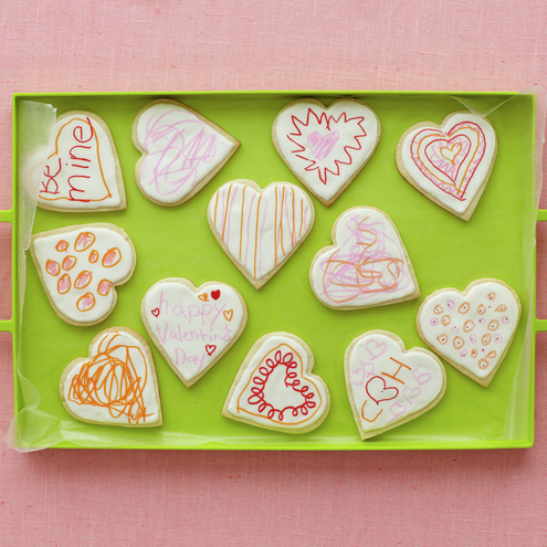 Valentine's Day crafts for kids: Platter of decorated Valentine's Day cookies