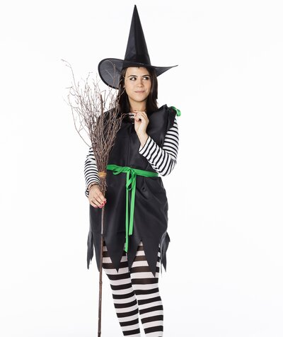 How To Craft A Diy Witch Broom For Less Than 5 Real Simple