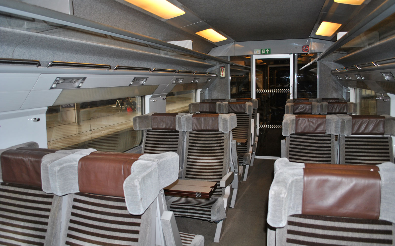 eurostar-trains-before-EUROSTAR217.jpg