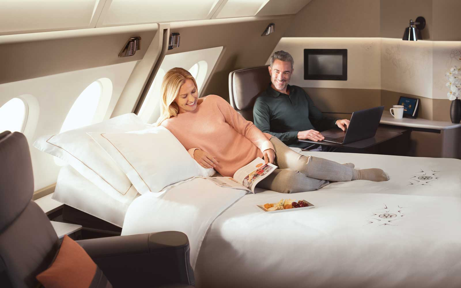 Couple in Singapore Airlines first class suite