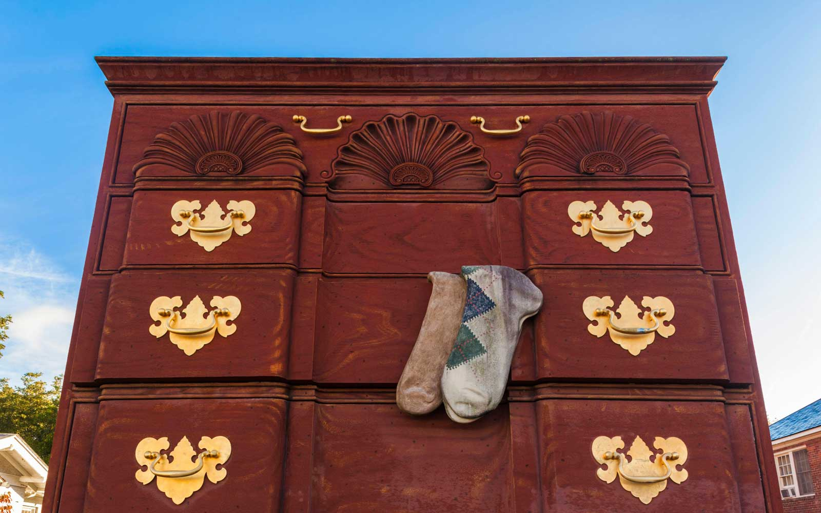 North Carolina, High Point, Furniture Capital of the United States, world's largest chest of drawers
