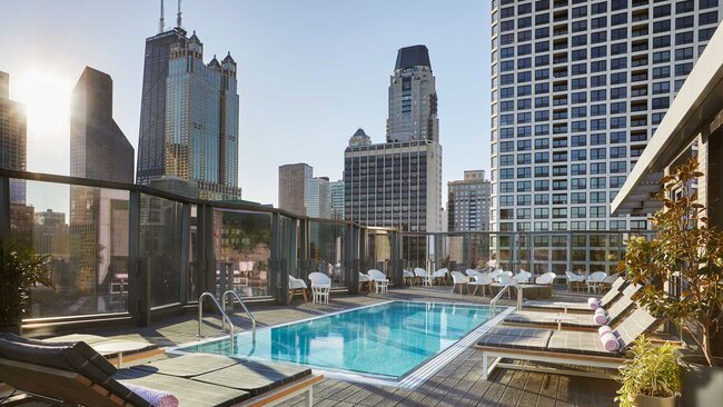 Pool with a view at the Viceroy Chicago hotel