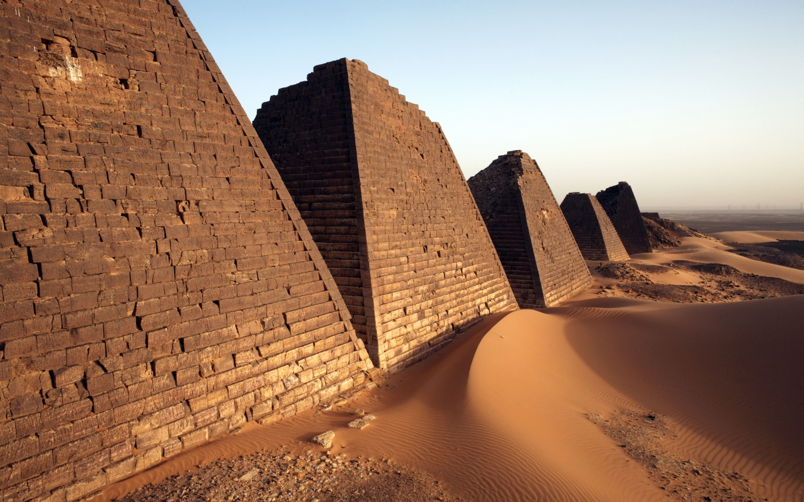 The Sudanese Pyramids