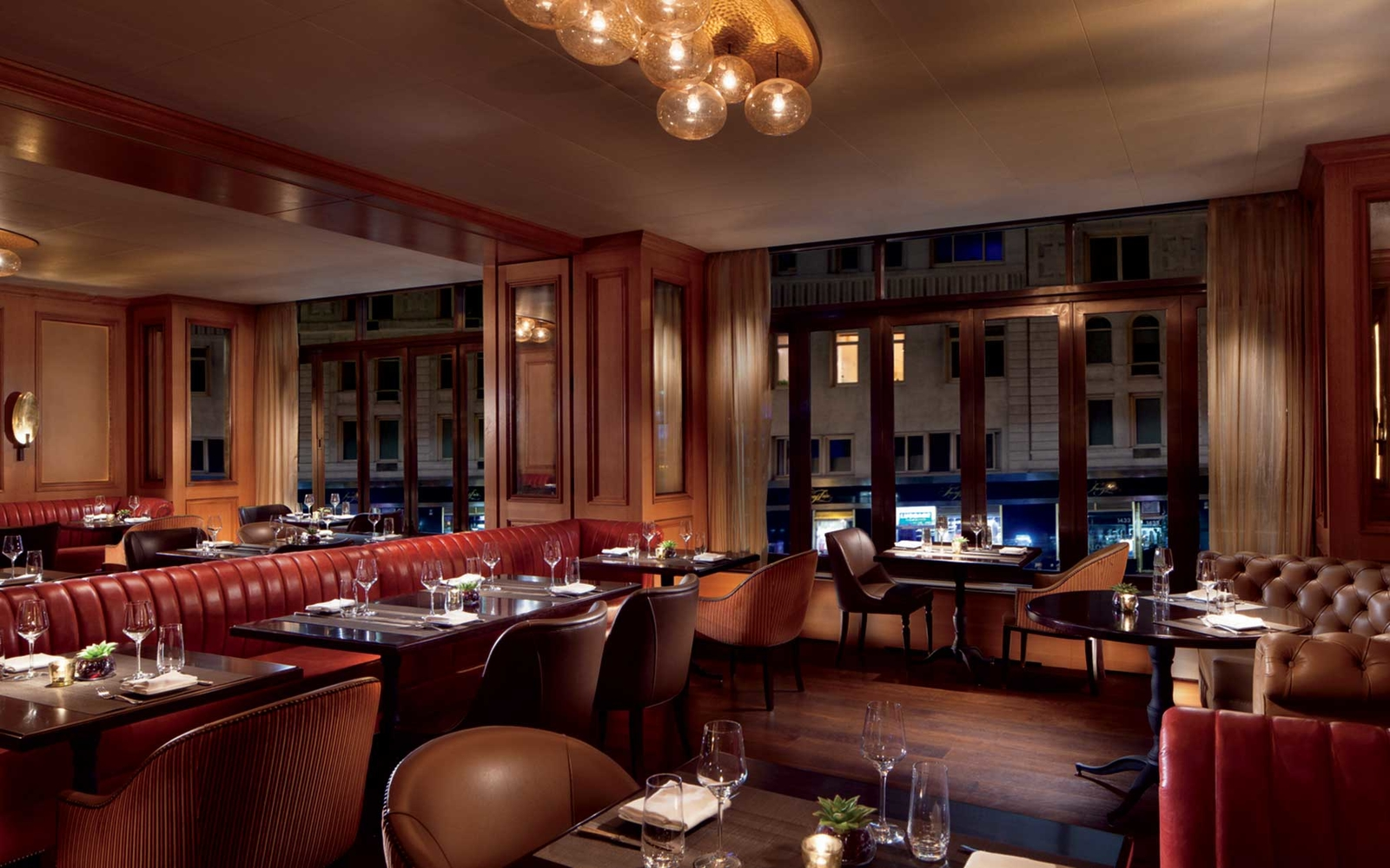 Luxury Hotels Taking Sustainable Dining to New Heights
