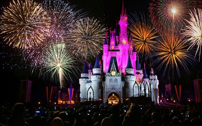 Where to Watch Walt Disney World Fireworks Outside the Parks