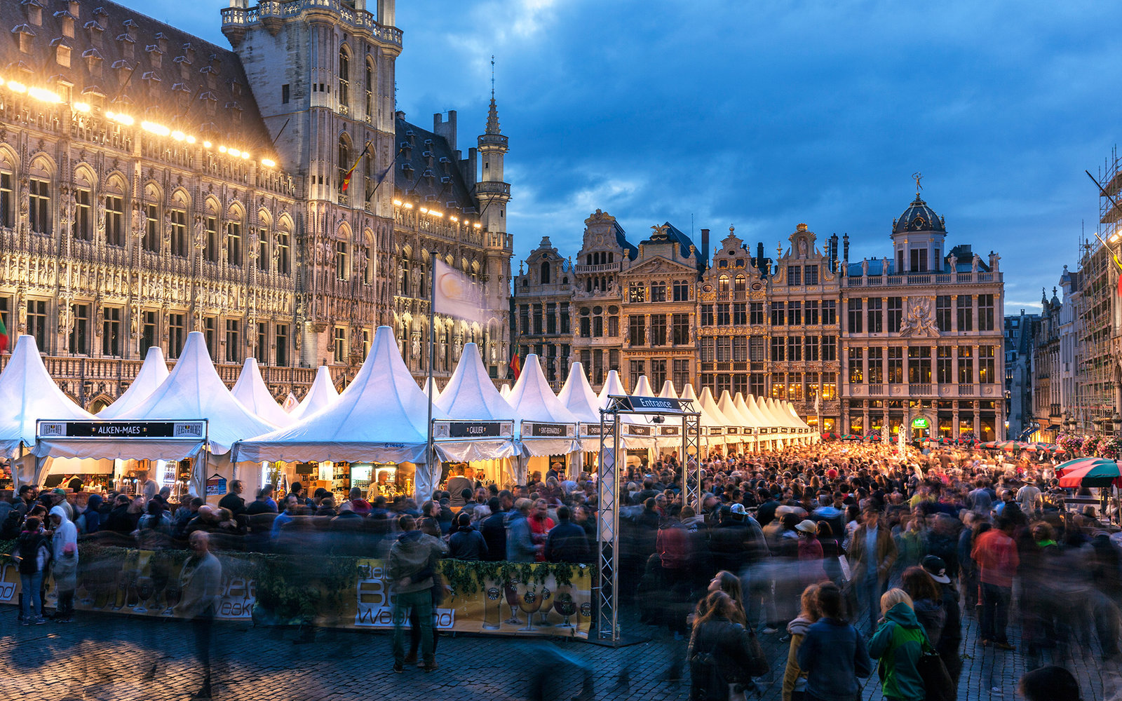 Beer festival in Grand Place (Grote Markt)