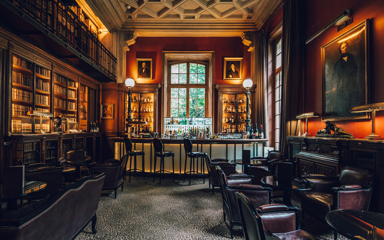 Library Bar at St James Paris