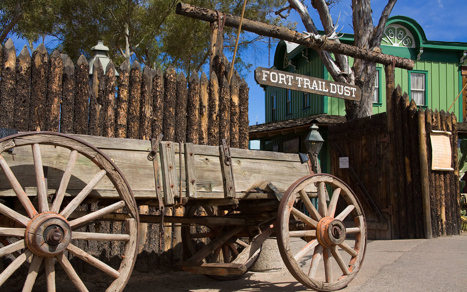 Wagon, Trail Dust Frontier Town.