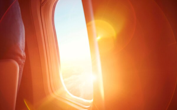 Self-Tinting Airplane Shade Design | Travel + Leisure