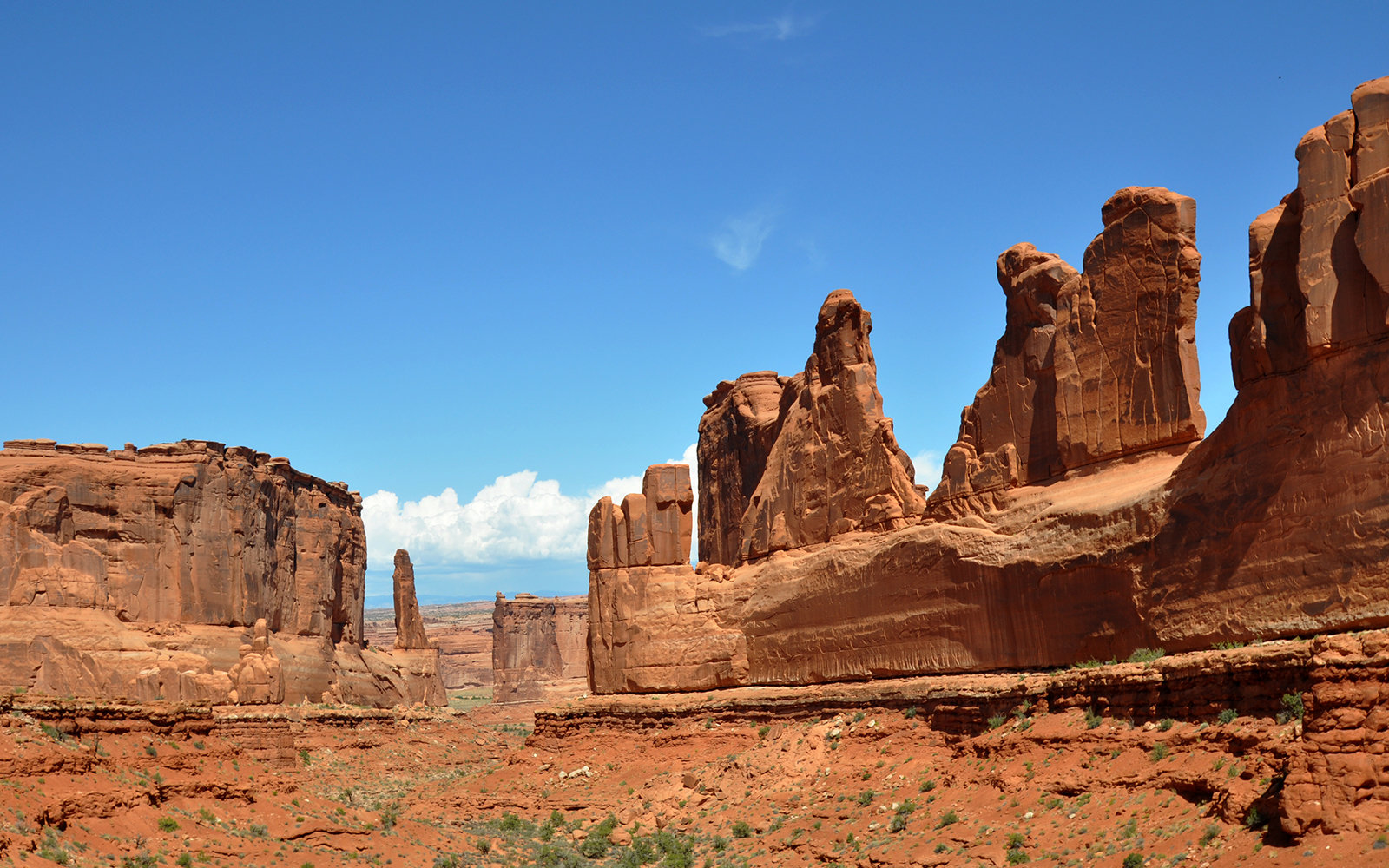 ARCHES NATIONAL PARK, UT - SEPTEMBER 20, 2011: Sandstone formations and canyon known as Park Avenue in Arches National Park near Moab, Utah. (Photo by Robert Alexander/Archive Photos/Getty Images)