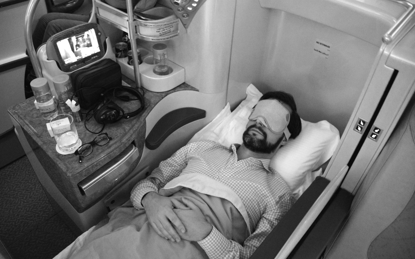 What It's Really Like Flying Business Class on Emirates