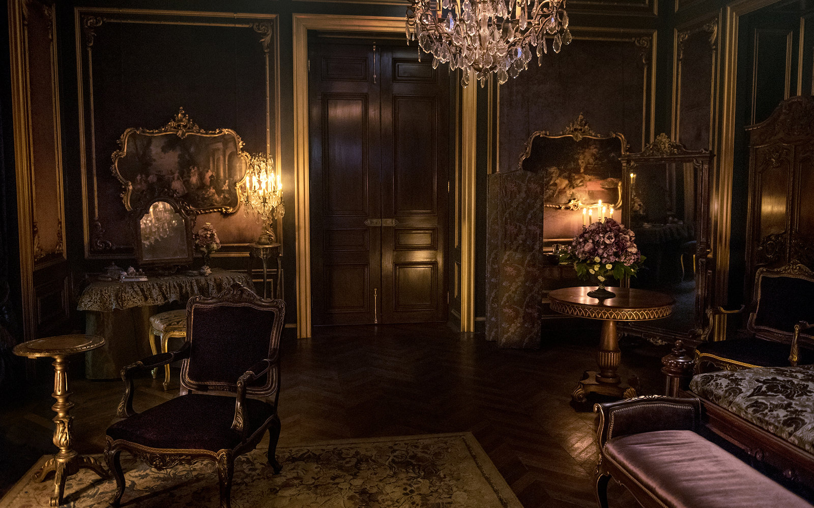 Claire and Jamie's Outlander Apartment