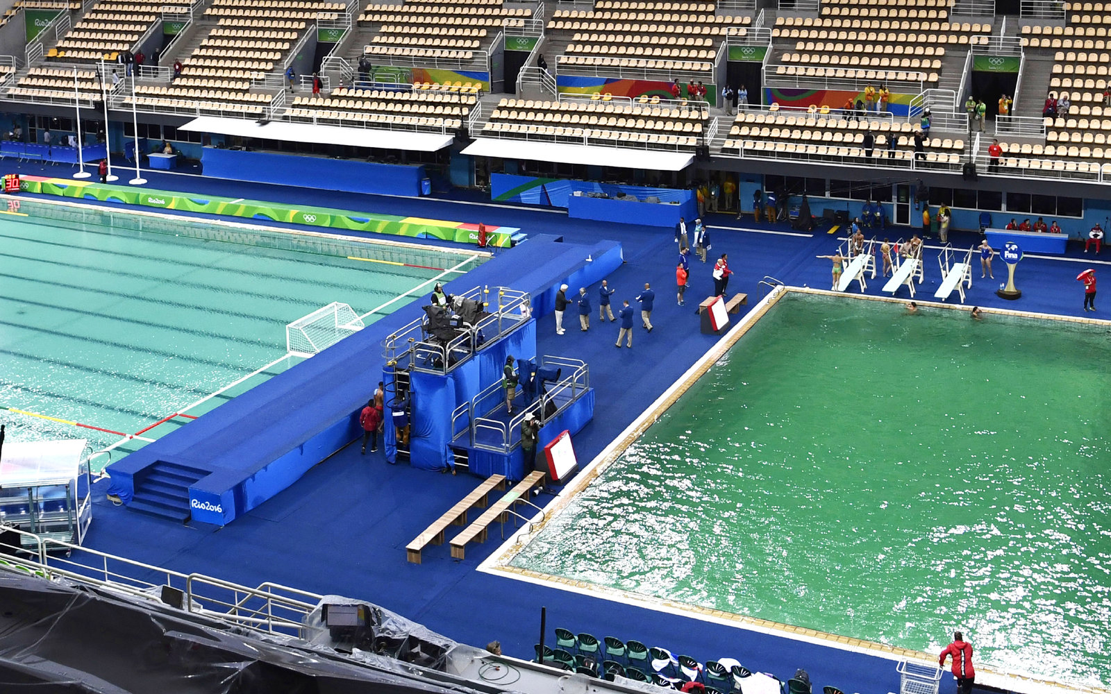 Here's Why the Water in the Rio Olympics Diving Pool Turned Green