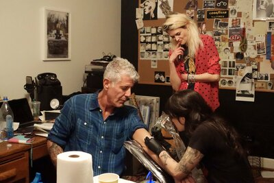Bourdain Eats Grits and Gets a Tattoo in \'Parts Unknown\' in ...