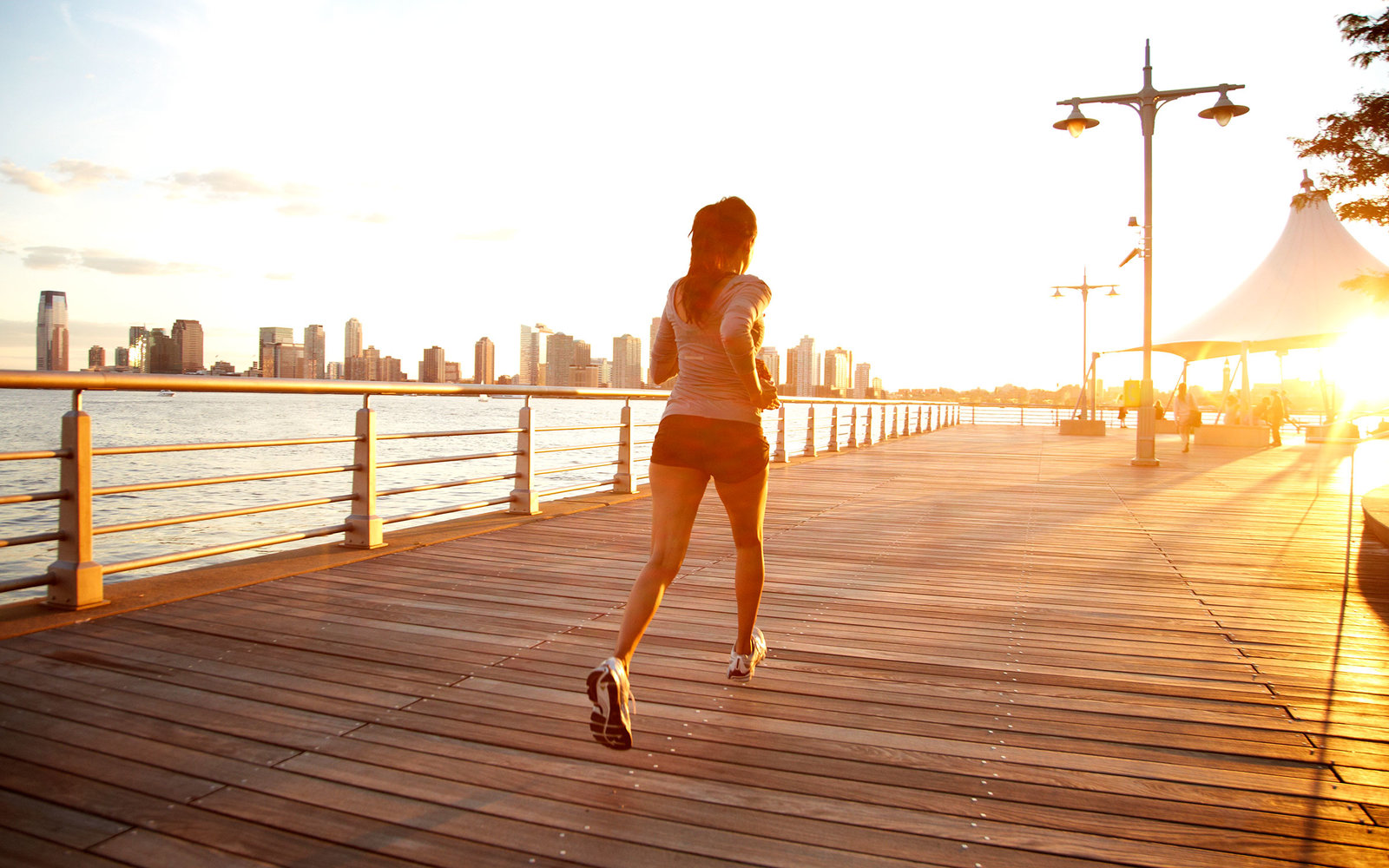 How to Get a Great Workout While Traveling