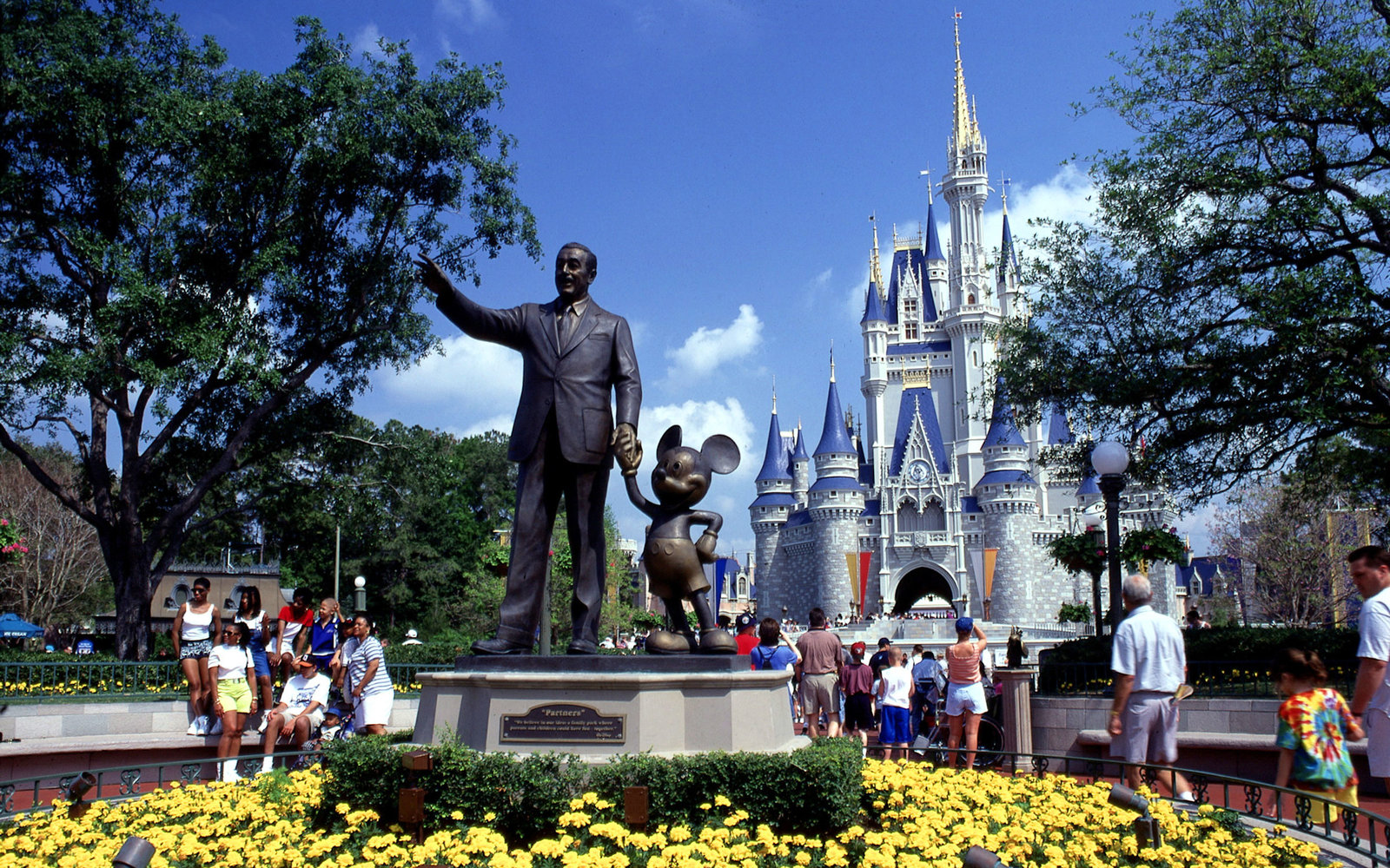 17 Things Only Disney Superfans Would Know