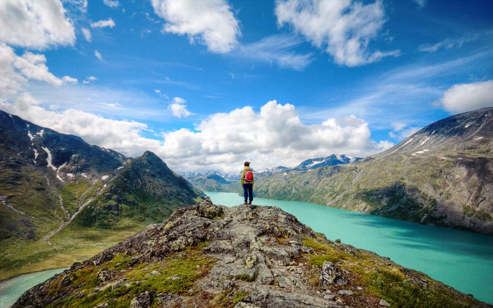 Why Intelligent People Might Get More From Solo Travel