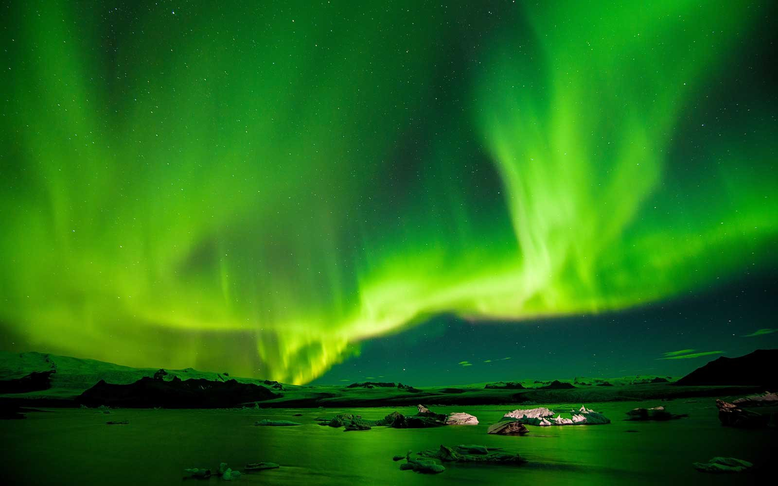 Iceland Air Northern Lights Game