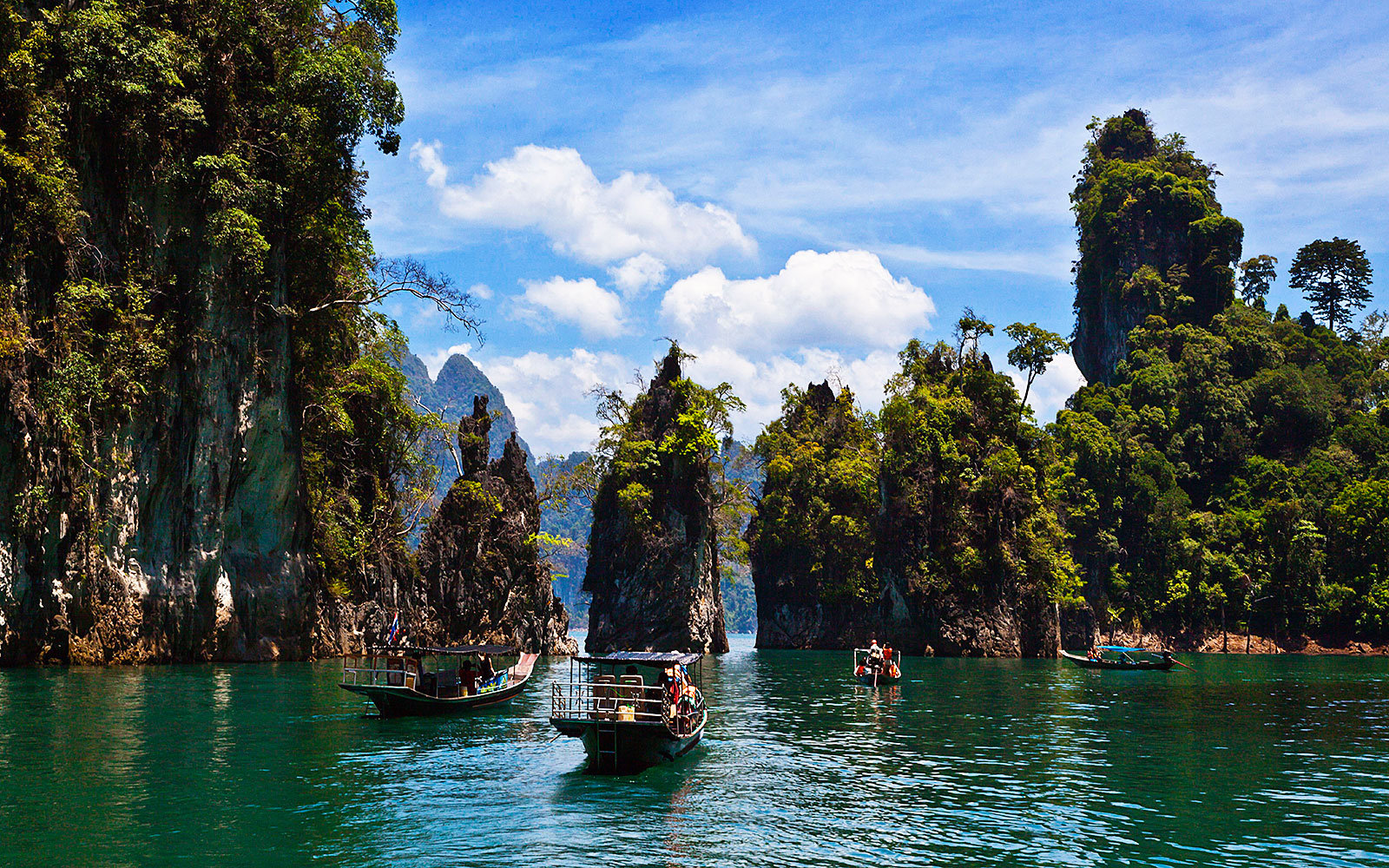 Go backpacking in Southeast Asia