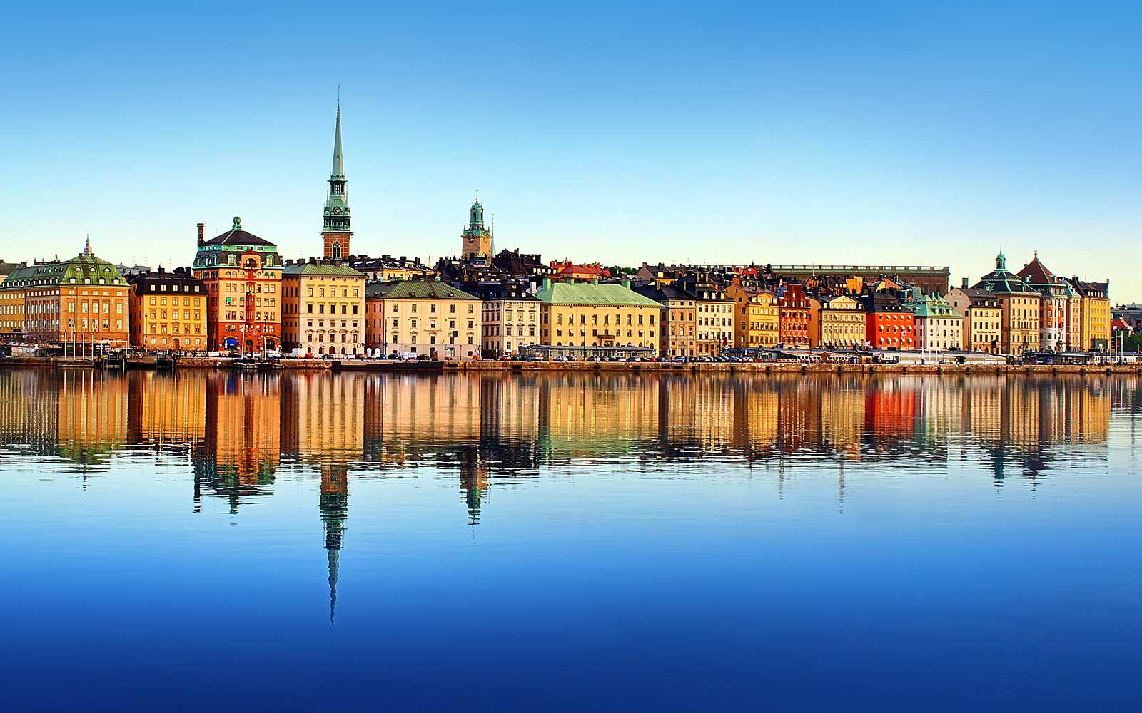 FLIGHT DEAL: $275 RT NYC to Stockholm
