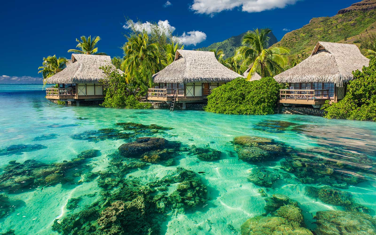 World's Best Awards: The Most Romantic Islands