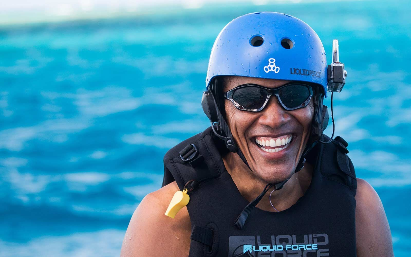 1cbf19c9bb719f Barack Obama Is Kitesurfing With Richard Branson and Clearly Doesn't ...
