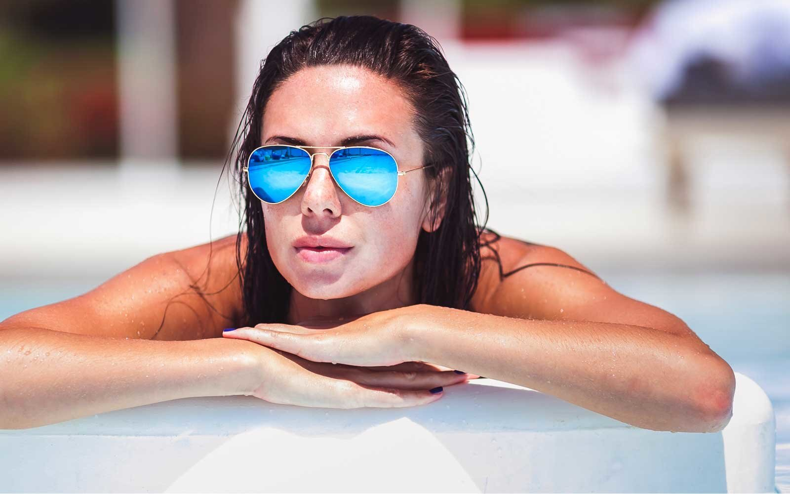 4ba916d4c4d4f 18 Cool Aviator Sunglasses to Take With You This Spring Break