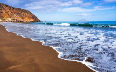 A Guide to Visiting California's Channel Islands | Travel +