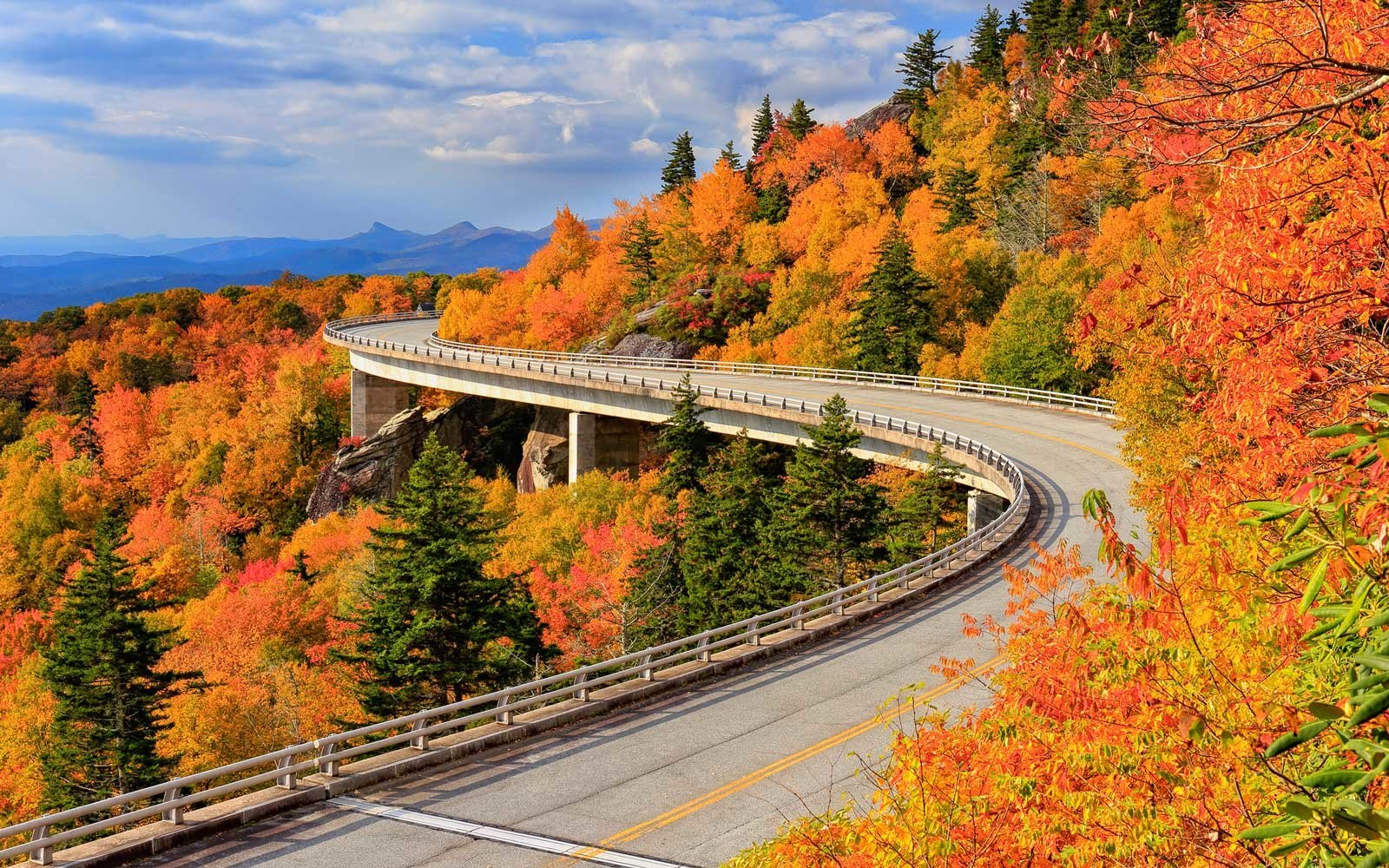 14 Fall Road Trips for Seeing the Best Fall Foliage — and a