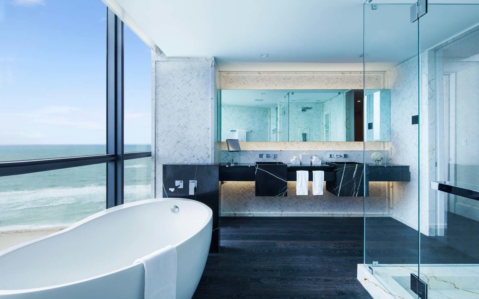 . 20 Hotel Bathrooms That Will Have You Spending Vacation in the Tub