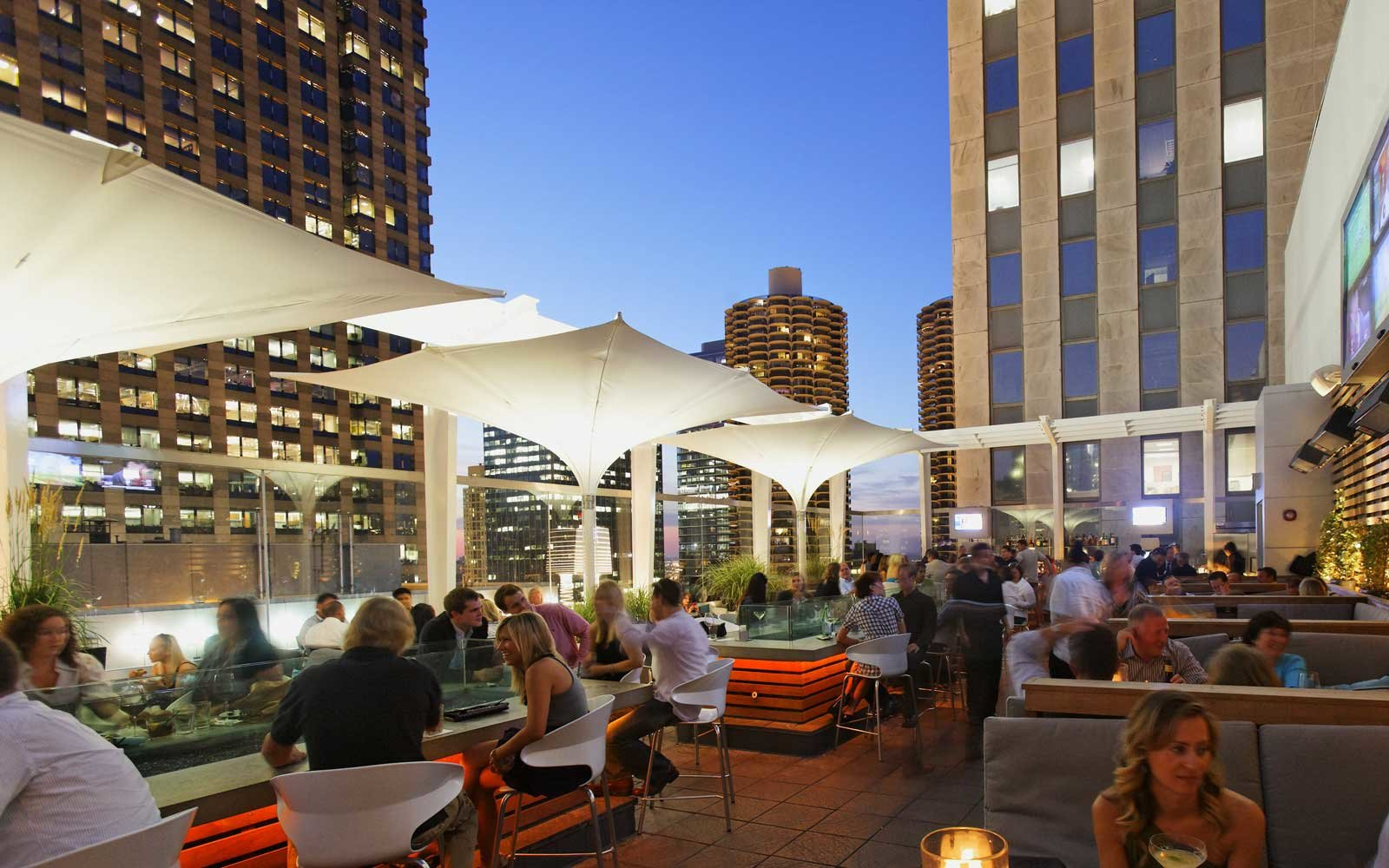 Rooftop Bars in Chicago