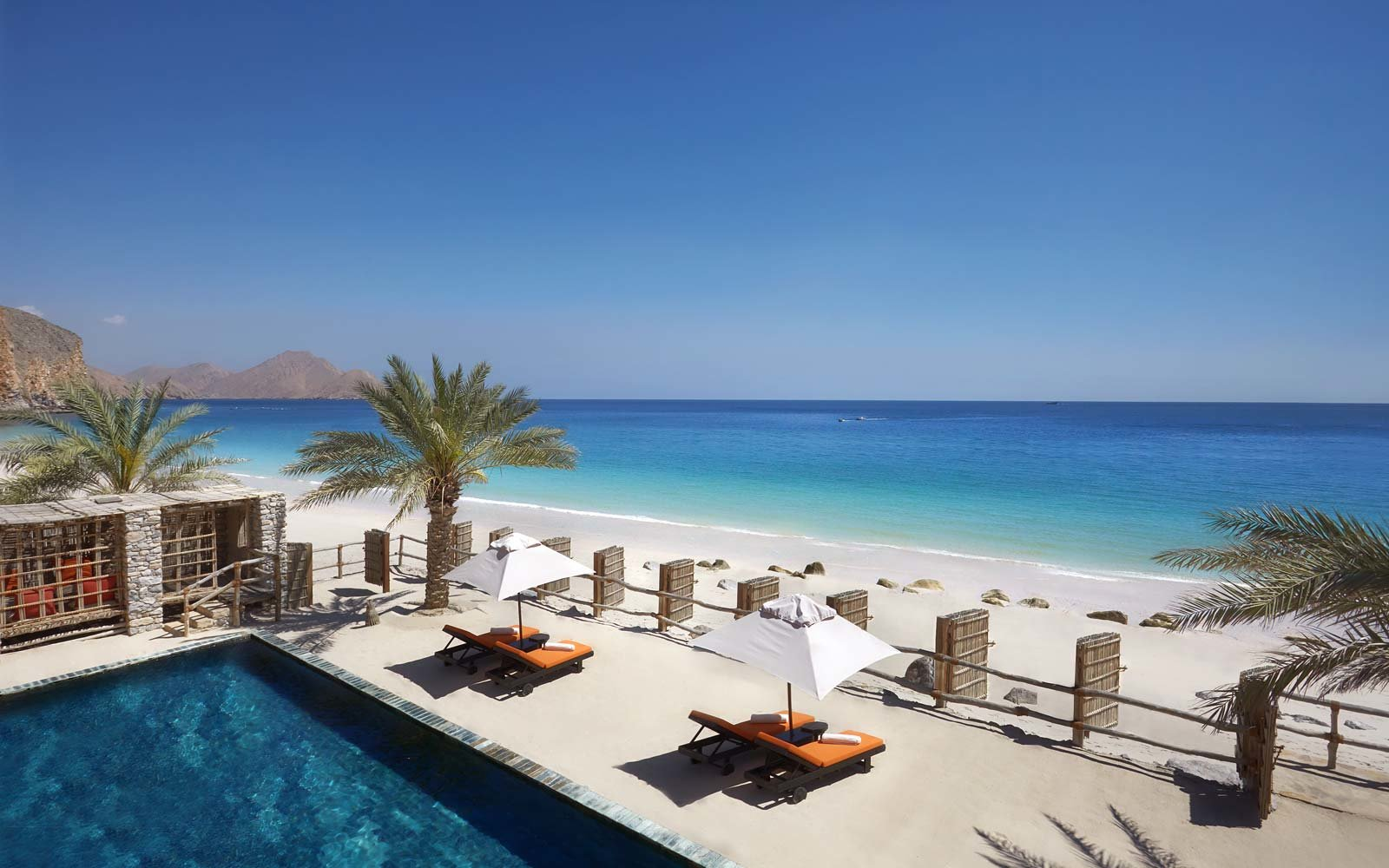 beachfront-villa-six-senses-zighy-bay-oman-LUXVACAY0817.jpg