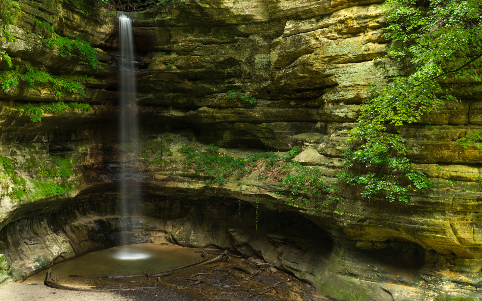 Cascade after the morning Summer rain in St. Louis Canyon.  Starved Rock State Park, Illinois, U.S.A.
