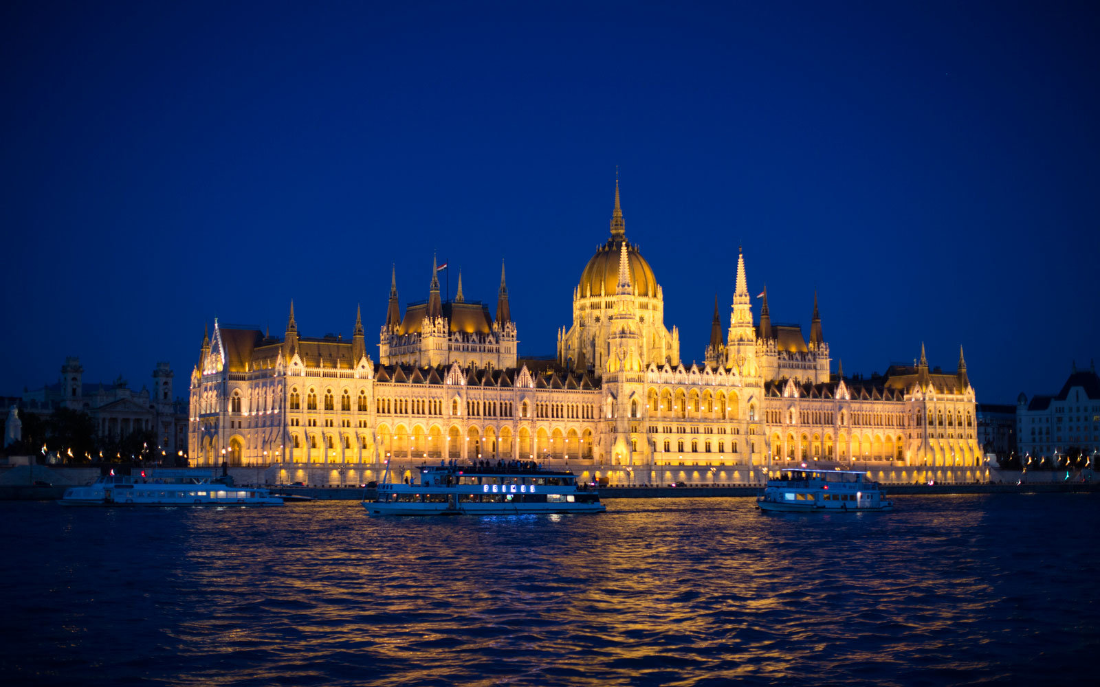 danube cruise abercrombie and kent