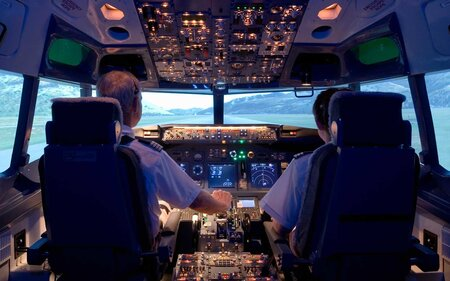 13428bd13783 What to Know About the Mandatory Pilot Retirement Age