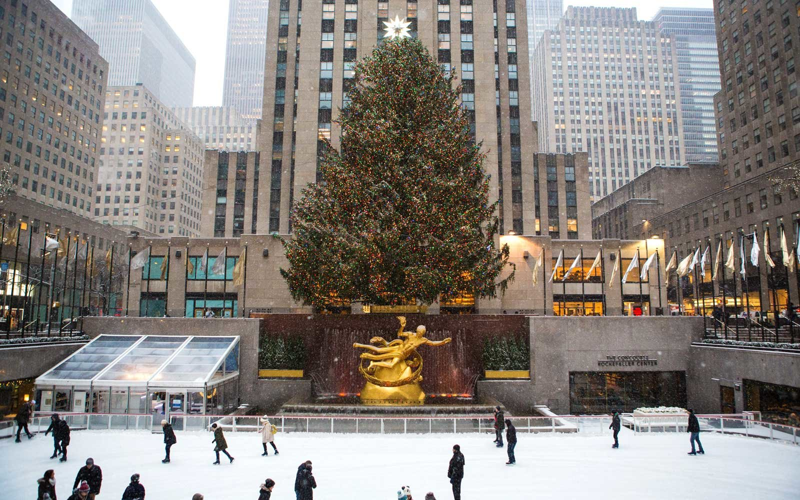 Rockefeller Center Christmas tree and ice skating rink