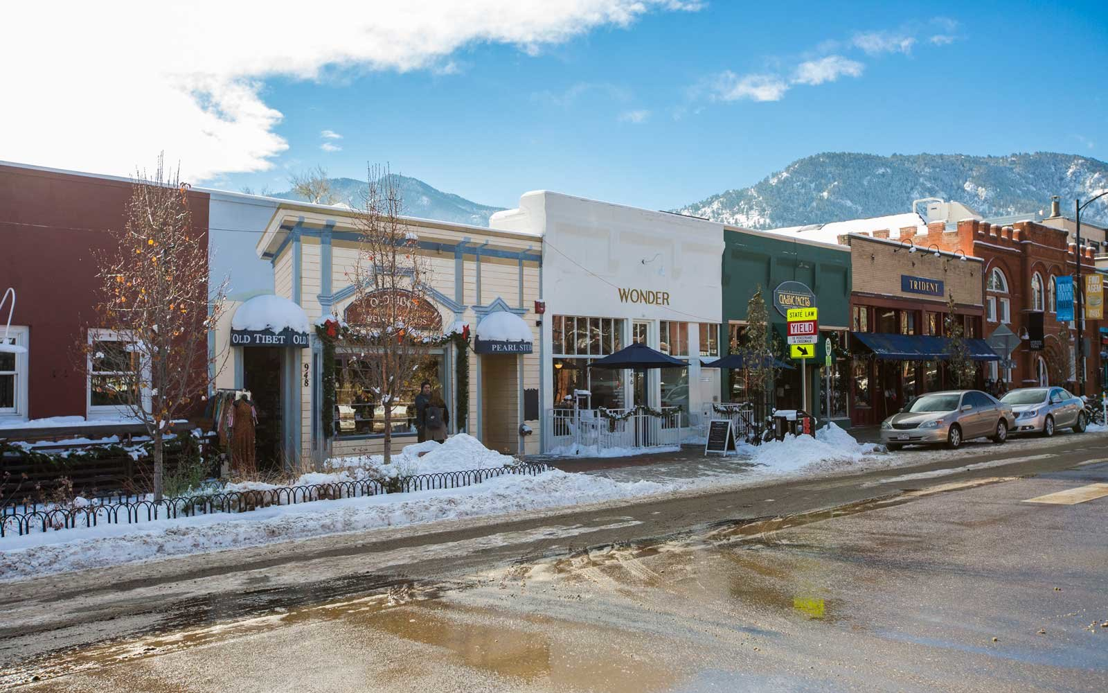 The west end of Pearl Street in Boulder, Colorado