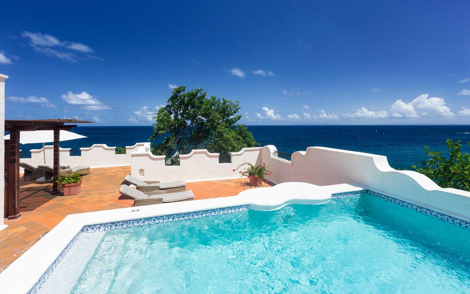 Pool of the Cap Maison resort in St Lucia