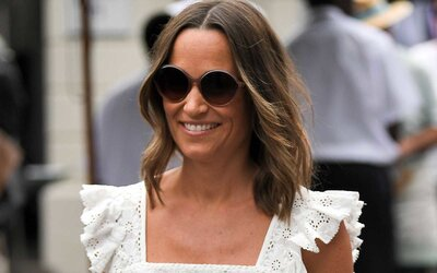 1819d649ce671 Pippa Middleton's Flattering One-piece Swimsuit Is on Sale Right Now ...