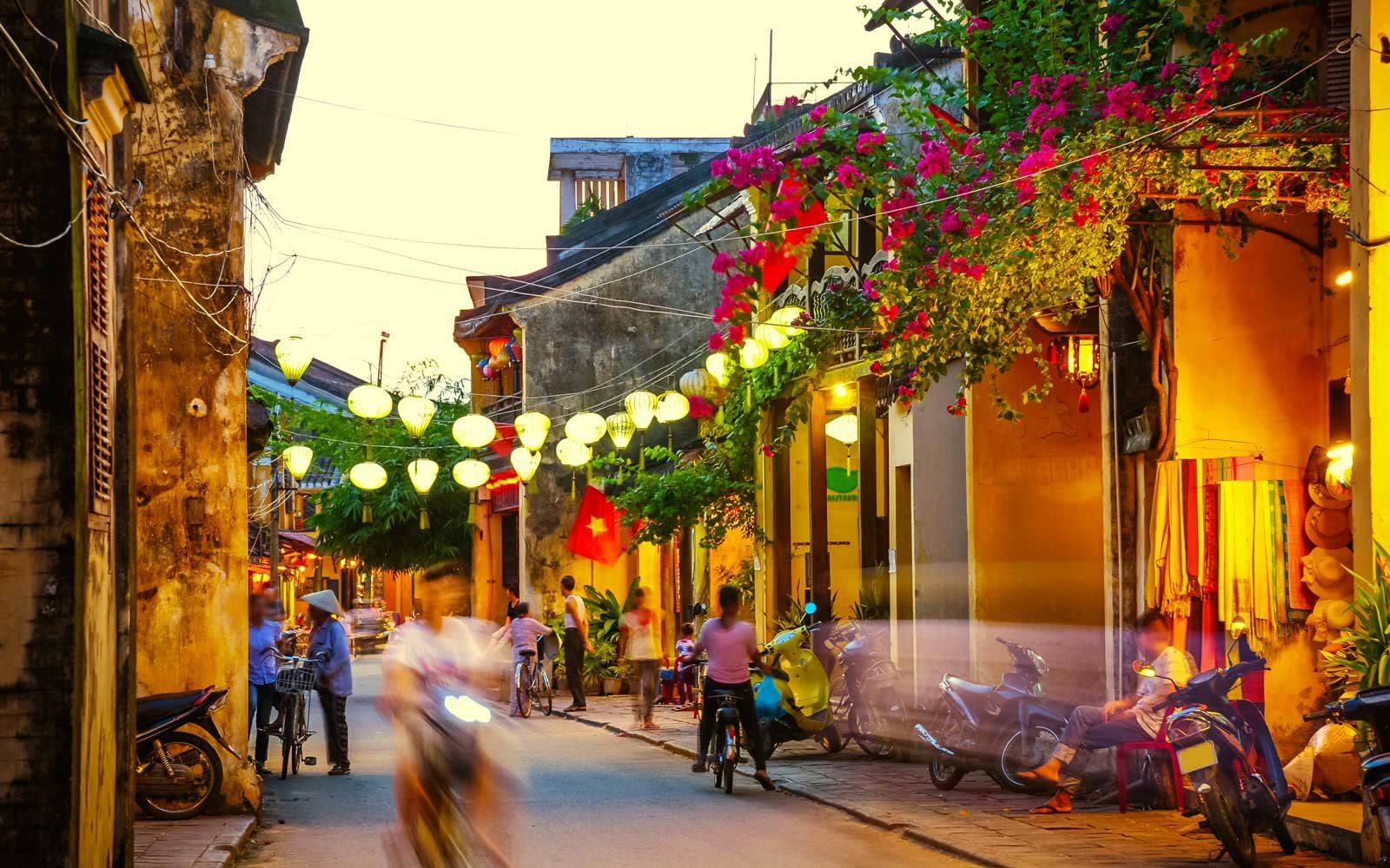 Streets of Hoi An, Vietnam at dusk