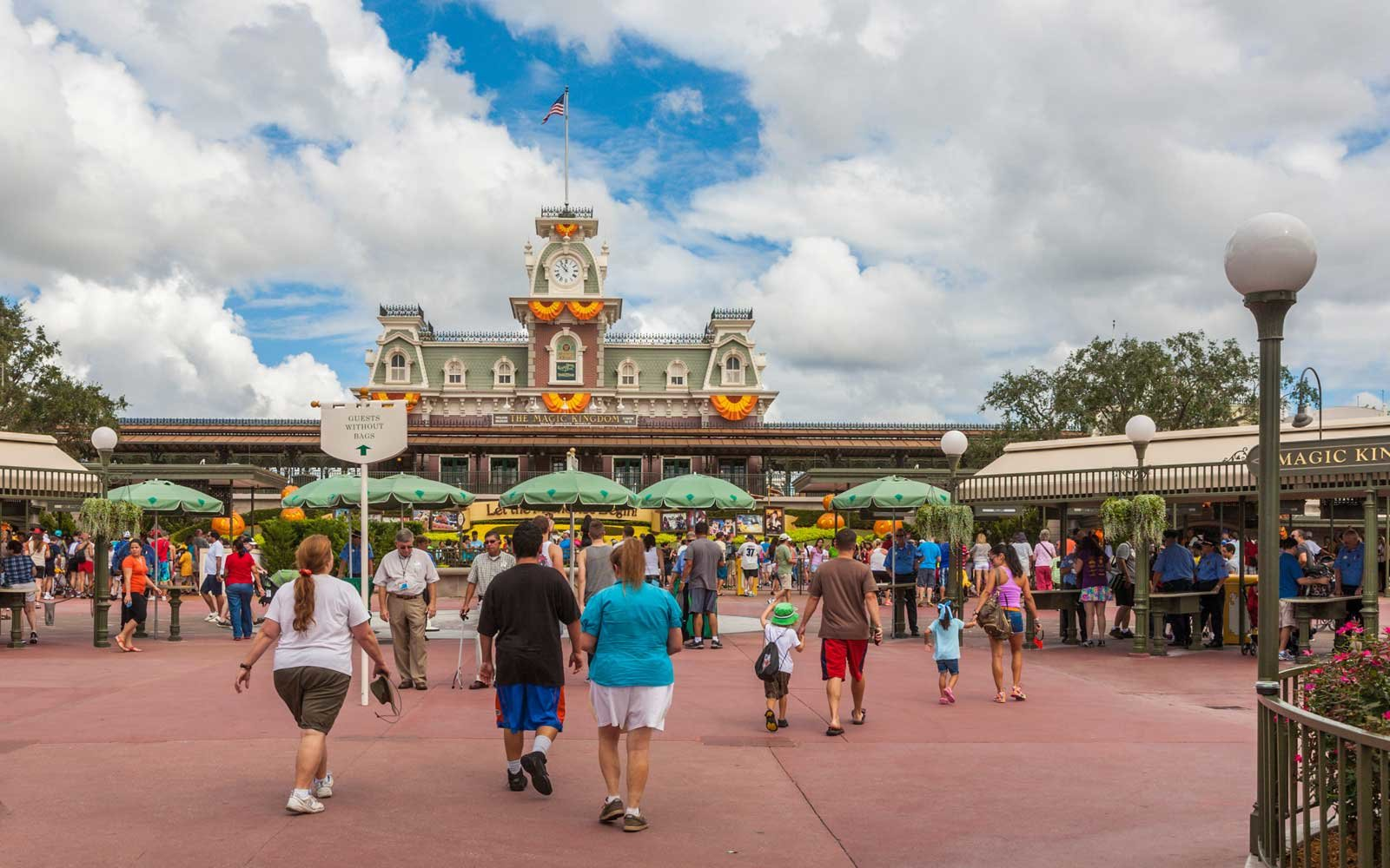 How to Plan for the Two Most Crucial Days on Any Disney Vacation