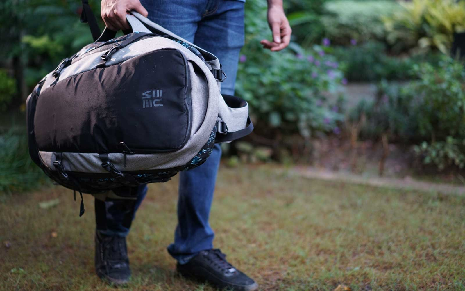 Eume is the world's first patented backpack with a built-in massager.