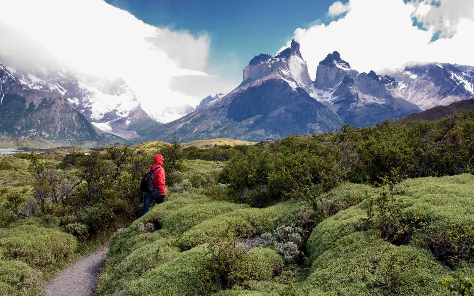 Chile Has a Massive New Hiking Trail That Spans a Third of the Country and Connects 17 National Parks