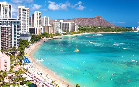 Waikiki beach resort destination and Diamond Head Crater in Honolulu, Oahu, Hawaii.
