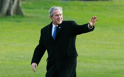 After All These Years Is Bush >> George W Bush Just Made His First Hole In One At Age 72 Travel
